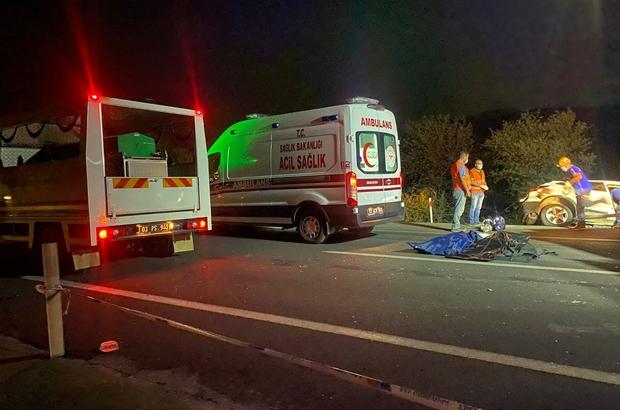 Zincirleme trafik kazasında aynı aileden 4 kişi hayatını kaybetti 5 aracın karıştığı zincirleme trafik kazasında 4 kişi öldü, 2 kişi yaralandı Kazada aynı aile üyesi 2'si çocuk 4 kişi öldü