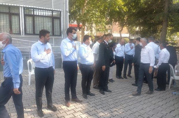 Milletvekili Toprak ve beraberindekiler Gölbaşı ilçesinde bayramlaştı