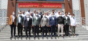 Milletvekili Şimşek, Malazgirt'te halkın kurban bayramını kutladı