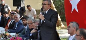 """AK Parti Genel Başkan Yardımcısı Ünal: """"Amerika'nın fonladığı medya kuruluşları Türkiye'nin özgüvenine saldırıyor"""" AK Parti Genel Başkan Yardımcısı Mahir Ünal, bayramlaşma töreninde partililerle bir araya geldi"""