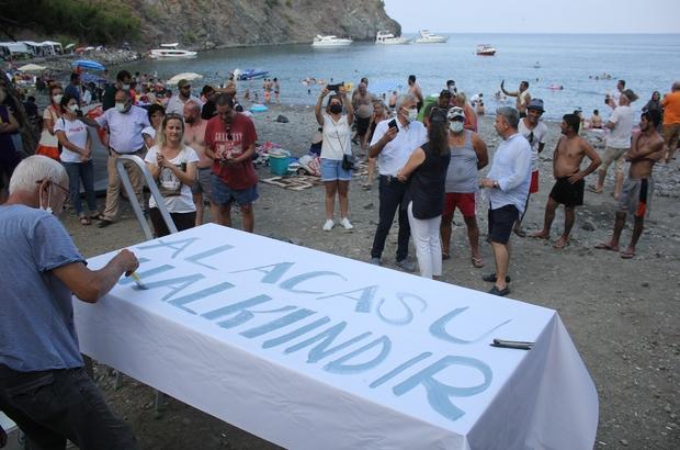 Antalya'da Alacasu Koyu eylemi Bakan Ersoy'un 'İhalesine itiraz ettik' dediği Alacasu'da vatandaşlar toplanıp itiraza destek verdi