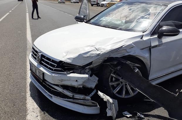 Bingöl'de iki otomobil çarpıştı: 1 yaralı