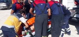 Kaza sonrası araçta sıkışanlar ekipler tarafından kurtarıldı Burdur'da otomobil takla attı: 4 yaralı