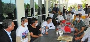 CHP Elazığ Milletvekili Erol, evladına kavuşan anneyi telefonla arayarak mutluluklarına ortak oldu