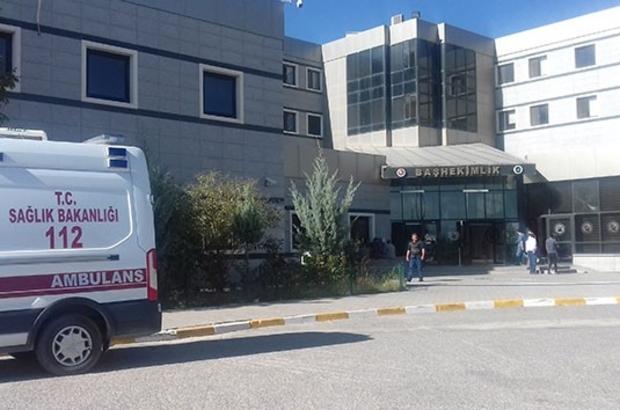 """Van'da vaka artışı nedeniyle poliklinik randevu sayıları kısıtlandı Van YYÜ Dursun Odabaş Tıp Merkezi Başhekimi Ümit Haluk İliklerden: """"Aşı yapılmadıkça normalleşemeyeceğiz"""""""