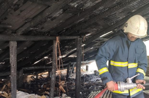 Çatak'ta çatı yangını