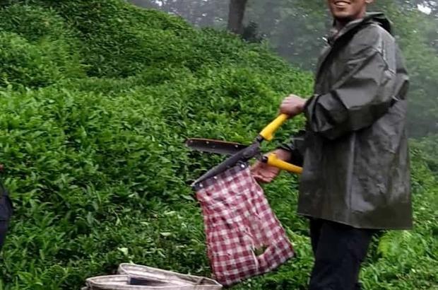 Feci kazada hayatını kaybeden tarım işçileri defnedildi Türkiye'ye tarım işçiliği için gelen kardeşleri kaza ayırdı