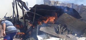 Afyonkarahisar'da besihane yangını Besihanede çıkan yangın vatandaşların da desteğiyle söndürüldü