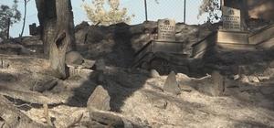 Dumanları gören vatandaşlar yardıma koştu Gündoğmuş'ta alevler mezarlığı da yaktı