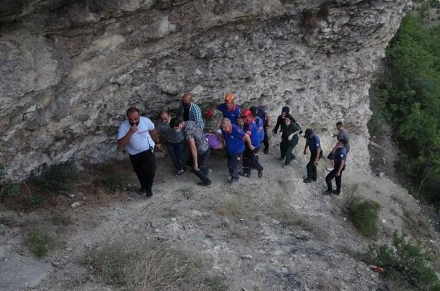 Karabük'te 20 metreden kanyona düşen genç yaralandı