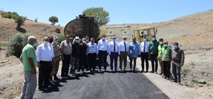Vali Makas, köy yollarında yapılan asfaltlama çalışmalarını inceledi