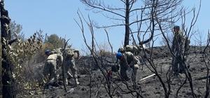 Hatay'da komandolar yangın söndürüyor Dörtyol ilçesinde dün çıkan orman yangınını söndürme ve soğutma çalışmalarına 160 asker katılıyor