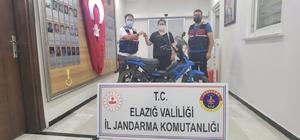 Çalınan motosiklet jandarma tarafından bulunarak sahibine teslim edildi