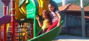 Isparta Belediyesi'nden Yukarı Gökdere köyüne oyun parkı