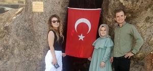 Kahramanmaraş'ta 800 yıllık çınar ağacına yoğun ilgi