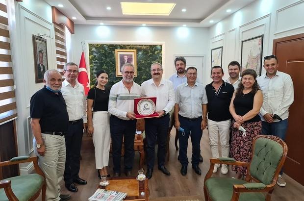 """İzmir'deki Salihlilerden ziyaret turu Dernek Başkanı Ercan Ülkü: """"İzmir ile Salihli'nin bağlarını güçlendirmeye devam edeceğiz"""""""