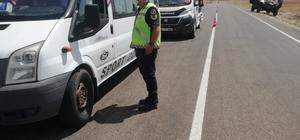 Jandarmadan yolcu taşıma araçlarına denetim 9 sürücüye toplam 3 bin 590 TL para cezası
