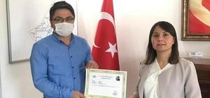 Öğretmenlere başarı belgesi verildi