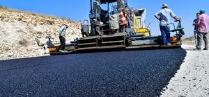 Isparta'da köy yolları için hedeflenen 103 kilometrelik asfaltın 58,5 kilometresi  tamamlandı