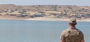 Jandarma nöbet tuttu, yangın söndürme uçağı barajdan su takviyesi yaptı