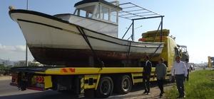 Hatay'da deniz turizmi geliştiriliyor Saklı cennet olarak anılan Karamağara Koyu'nda deniz turizminin geliştirilmesi için Tarım ve Orman Bakanlığı tarafından 2 tekne gönderildi