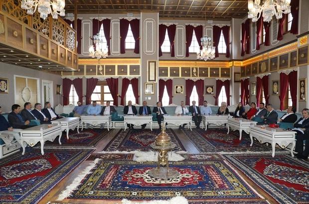 Başkan Çerçi Karesi heyetini ağırladı