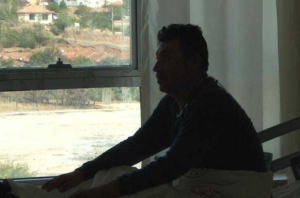 """Virüsü önemsemeyen Covid-19 hastası: """"Yalvarıyorum milletimize, herkes aşısını vurulsun"""" Ahmet Doğan: """"Aşıyı vurulan arkadaşlar hastalığı rahat geçiriyor"""""""