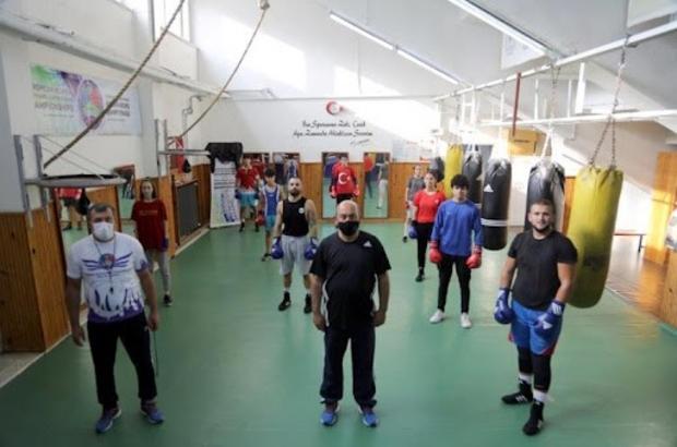 Ordulu boksörlerden yoğun tempo