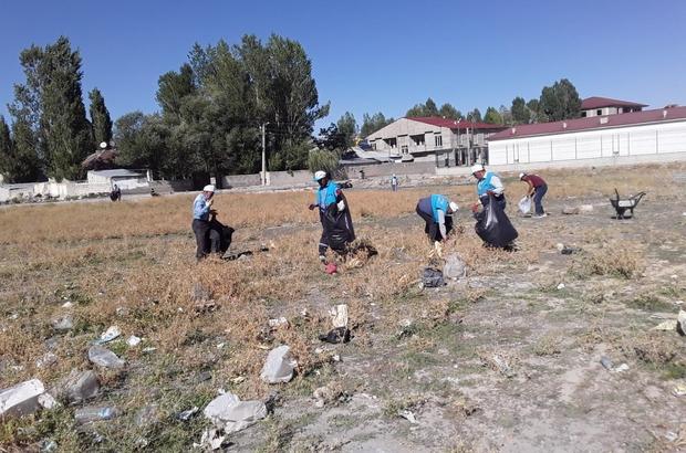 Çaldıran Belediyesi temizlik çalışmalarını aralıksız sürdürüyor