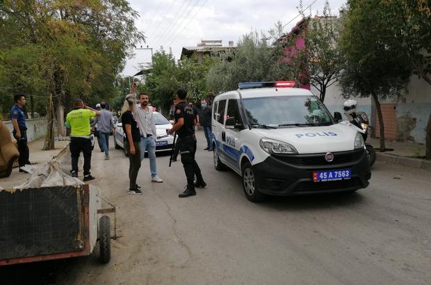 Manisa'da iki grup arasında silahlı çatışma: 4 yaralı, 5 gözaltı Manisa'da sokak ortasında silahlar konuştu