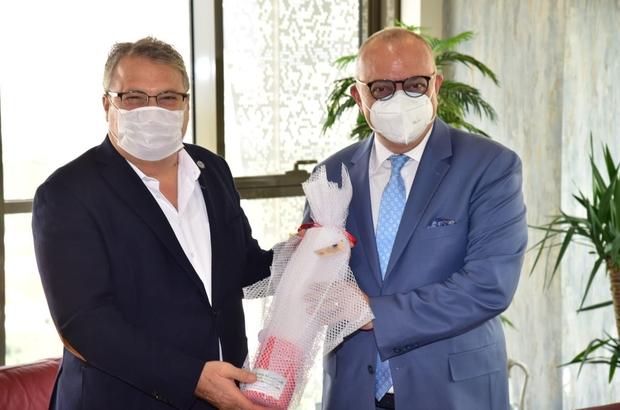 Başkan Çerçi Vali Karadeniz ve Başkan Ergün'ü yağlı güreşlere davet etti