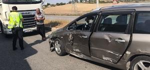 Edirne'de tır otomobile çarptı: 1 yaralı