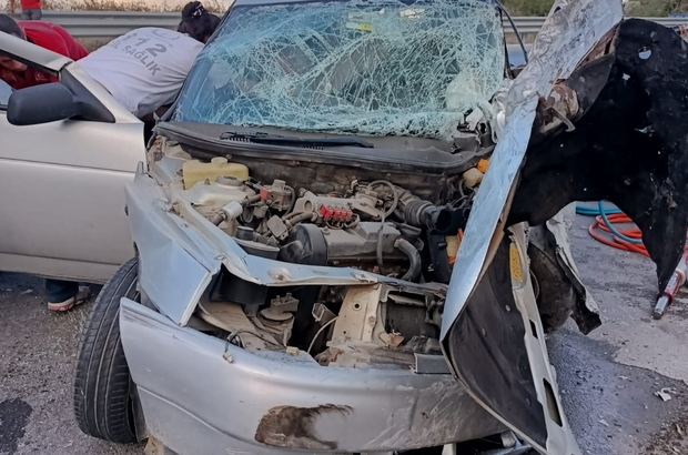 Tarsus'ta 2 ayrı kazada 4  kişi yaralandı
