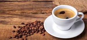 Kırk yıl hatırı, birçok yararı var Dünya üzerinde telvesiyle ikram edilen tek kahve türü olan Türk kahvesi sağlık açısından birçok şifayı içinde barındırıyor Beslenme ve Diyet Uzmanı Selva Oturakçıibogil, Türk kahvesinin kanser savaşçısı kalp dostu olduğunu, karaciğeri koruduğunu, diyabet riskini azalttığını, alzaymıra kalkan olduğunu, depresyona iyi geldiğini belirtti