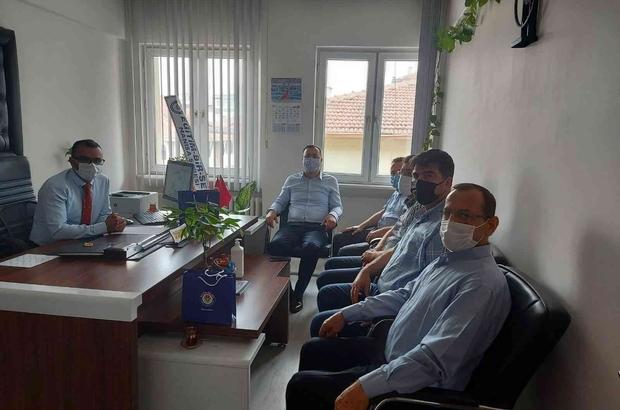 Eğitim çalışanlarının sorunlarını ilettiler Eğitim Bir Sen'den Manisa İl Milli Eğitim Müdürü Dikici'ye ziyaret