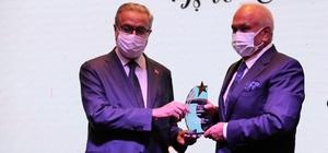 Başkan Tollu'ya ödül