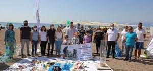 Dünya Temizlik Günü'nde kıyı temizliği Plastik atıklardan elbise Antalya Büyükşehir Belediyesi, Dünya Temizlik Günü'nde Lara sahilinde kıyı temizliği yaptı.