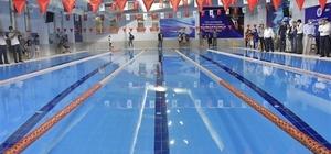 Biga'ya kapalı yüzme havuzu açıldı