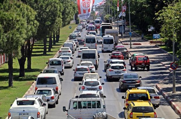 Antalya araç sayısında 4'üncü Antalya trafiğe kayıtlı 1 milyon 196 bin 909 araç ile en çok taşıt kullanılan 4. İl oldu