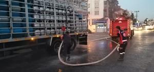 Gölbaşı'nda facianın eşiğinden dönüldü Tüp yüklü kamyondaki yangın erken müdahale ile söndürüldü