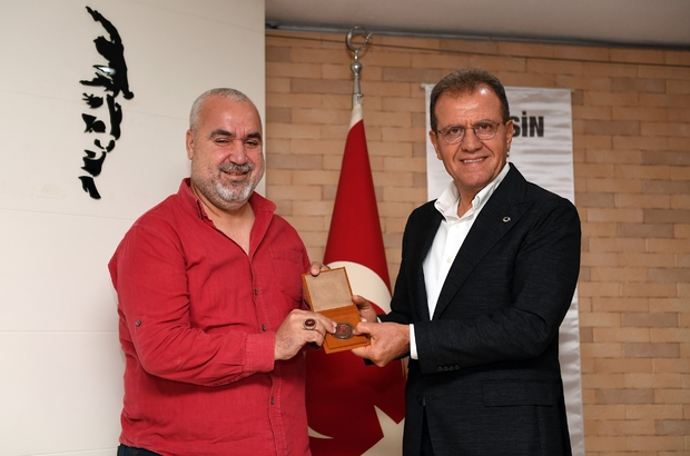 """Seçer: """"Mersin'i çok değerli noktalara getireceğiz"""" Mersin Büyükşehir Belediye Başkanı Vahap Seçer: """"Sanatın her alanında yapılan her çalışma önemlidir"""""""