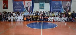 Kahta'da Amatör Spor Haftası kapanış töreni yapıldı.