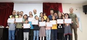 Kahta'daki üstün yetenekli öğrencilere sertifikaları verildi