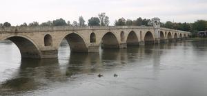 Meriç ve Tunca nehirlerinin debileri yükseldi
