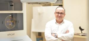 Meme kanserinde erken teşhis hayat kurtarıyor Radyasyon Onkolojisi Uzmanı Prof. Dr. H. Cem Önal, radyoterapide uyguladıkları hedefe yönelik ışınlama yöntemiyle kısa sürede kanseri yenmenin mümkün olduğunu belirtti