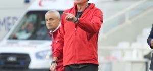 """Alfons Groenendijk: """"Beraberlik hak edilen bir sonuçtu"""" Antalyaspor teknik sorumlusu Alfons Groenendijk: """"İyi bir reaksiyon gösterdik"""" """"Hakem anlamsız karar değiştirdi"""""""