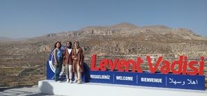 Yurtta kalan öğrencilere gezi motivasyonu
