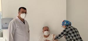 Van Milletvekili Gülaçar, Turkovac aşısı için gönüllü oldu