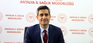 """Antalya'da 1'inci doz aşılama oranı yüzde 90, ikinci doz yüzde 75'in üzerinde Antalya İl Sağlık Müdürü İsmail Başıbüyük: """"2. ve 3. doz aşıda hedef yüzde 90'ı aşmak"""" """"Vaka sayıları gitgide aşağı doğru bir seyir göstermektedir"""" """"Şu anda ne hastane kapasitelerimizi ne de yoğun bakım kapasitelerimizi zorlayan durum yok"""" """"11 kişi Turkovac aşısı yaptırdı"""""""