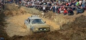 600 off-road aracı Balıkesir'de buluştu, nefes kesen anlar yaşandı Doğa, kamp, off-road, motor ve karavancılar festivalde buluştu
